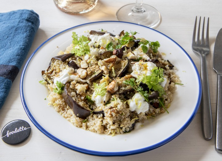 Aubergines grillées, Mozzarella, quinoa et noisettes