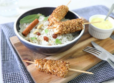 Brochettes d'églefin sésamé et riz parfumé