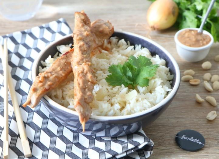 Brochettes de dinde fermière à la sauce satay