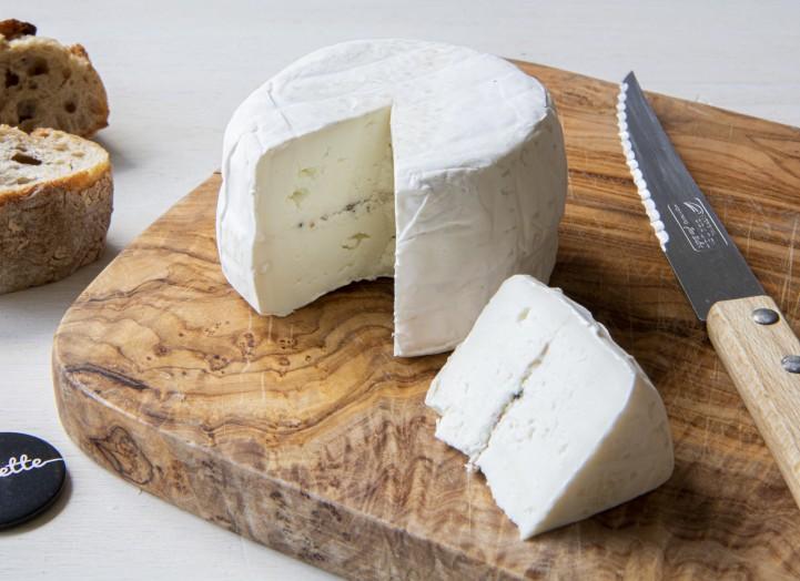 Camembert di bufala truffé