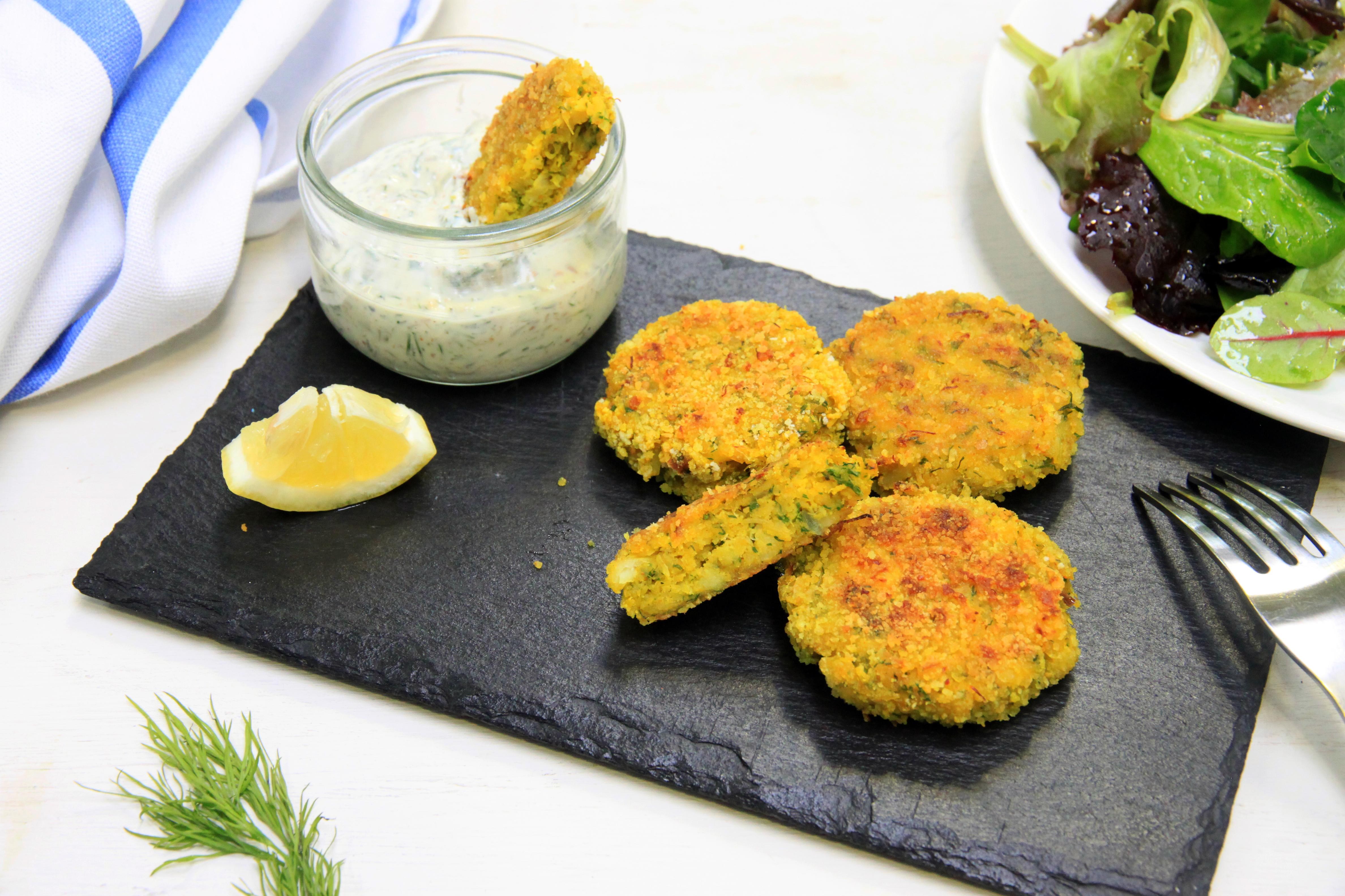 Croquettas de poisson au curcuma et petite sauce acidulée