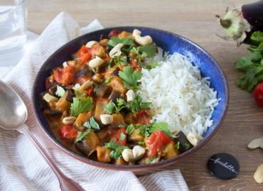 Curry rouge d'aubergine au lait de coco