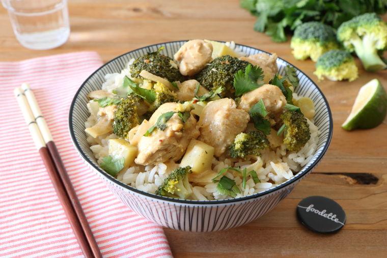 Curry thaï de poulet fermier