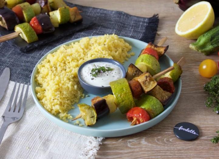 Brochettes de légumes d'été à la sarriette