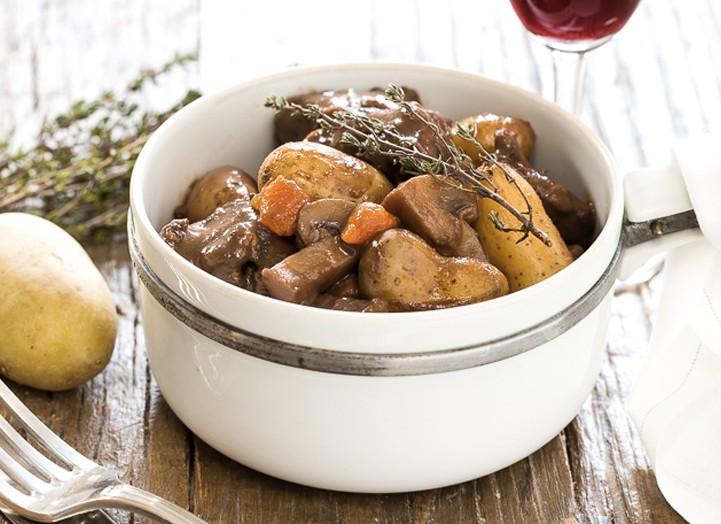 Boeuf bourguignon la foodette la recette de boeuf bourguignon la foodette foodette - Recette boeuf bourguignon cocotte minute ...
