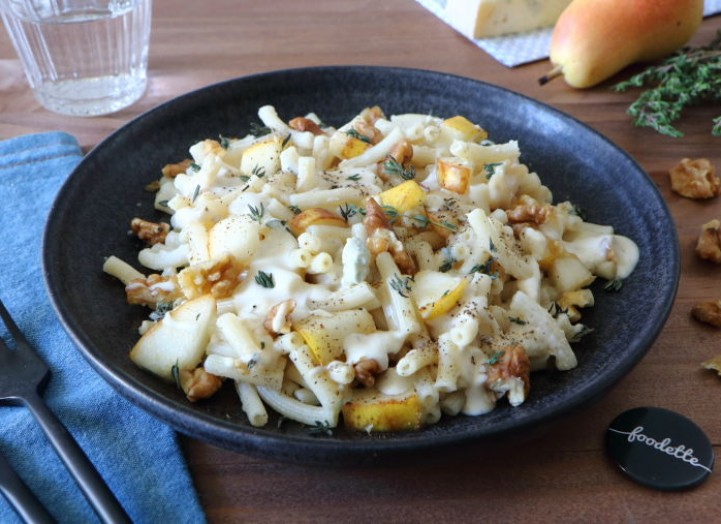Pasta au gorgonzola, poire croquante et noix du Périgord
