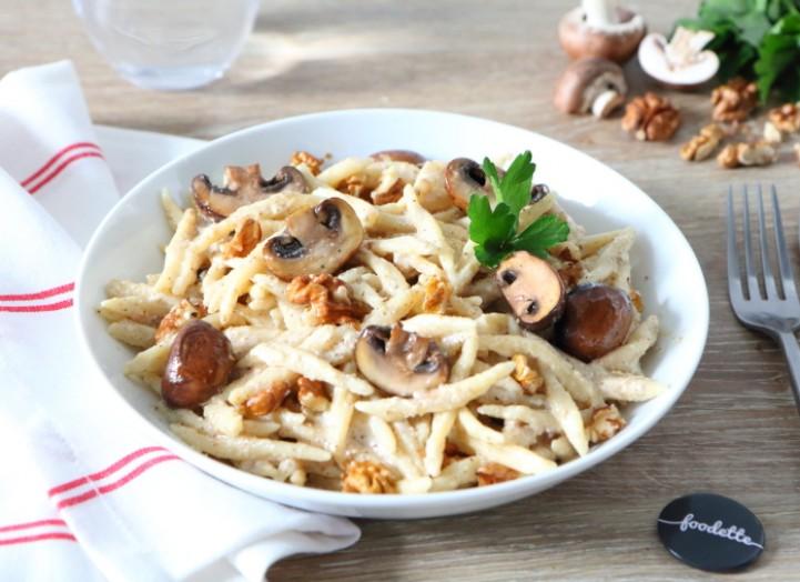 Casareccia au pesto de noix et champignons