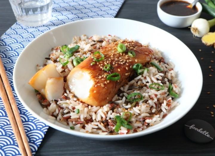 Poisson teriyaki et mélange de riz au sésame