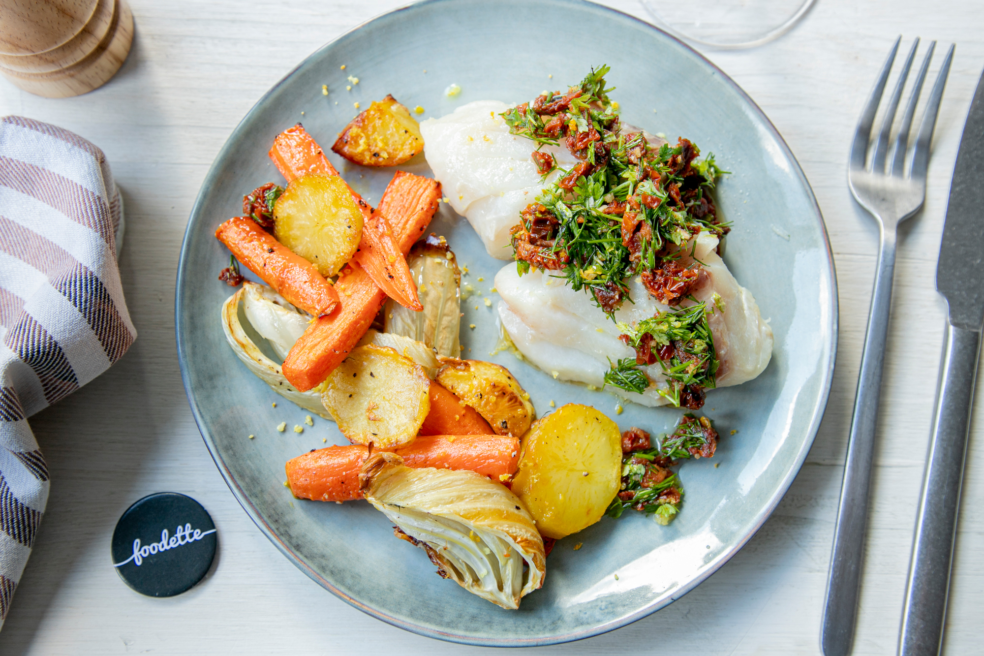 Poisson sauce vierge et légumes rôtis