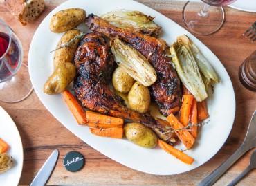 Poulet miel/citron/paprika fumé et légumes rôtis
