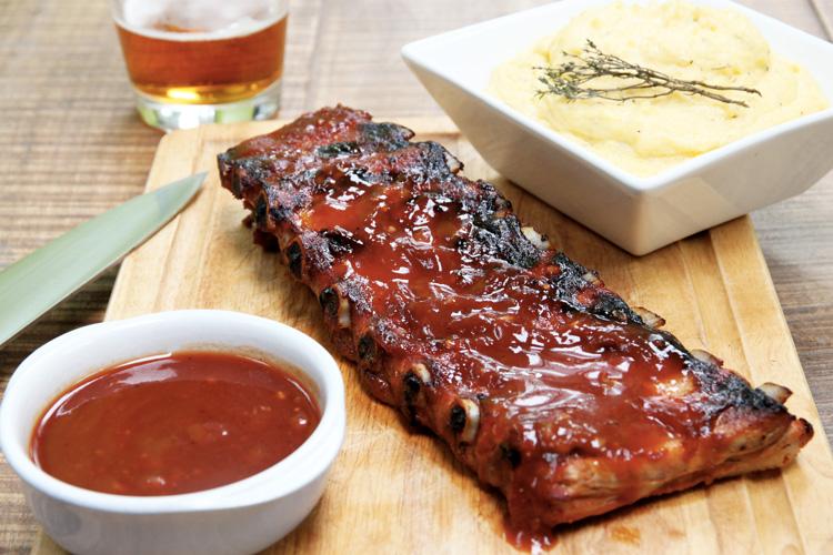ribs sauce bbq maison et polenta cr meuse la recette de ribs sauce bbq maison et polenta. Black Bedroom Furniture Sets. Home Design Ideas