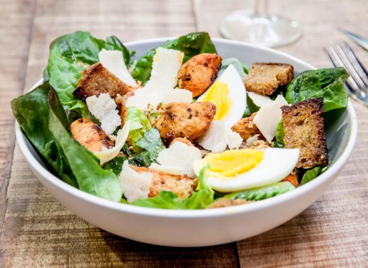 la vraie salade c sar la recette de la vraie salade c sar foodette. Black Bedroom Furniture Sets. Home Design Ideas