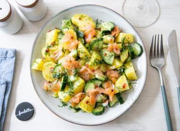 La Scandinave : saumon fumé, pommes de terre, concombre, aneth...