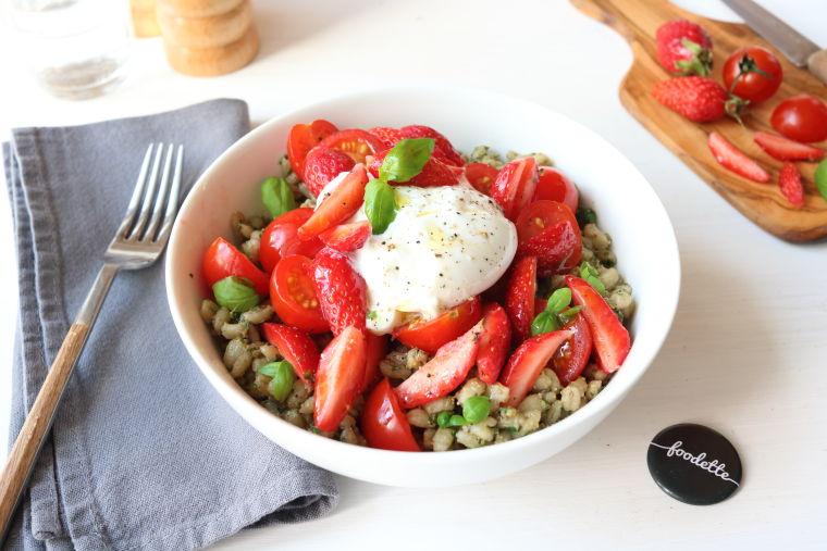 "Salade ""dolce vita"" à la Burratina crémeuse"