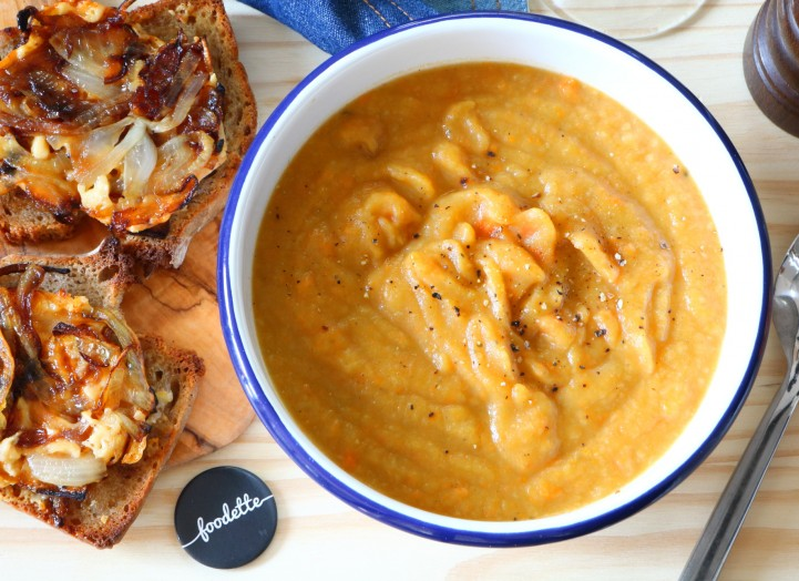 Soupe d'hiver et tartines gratinées au Gouda