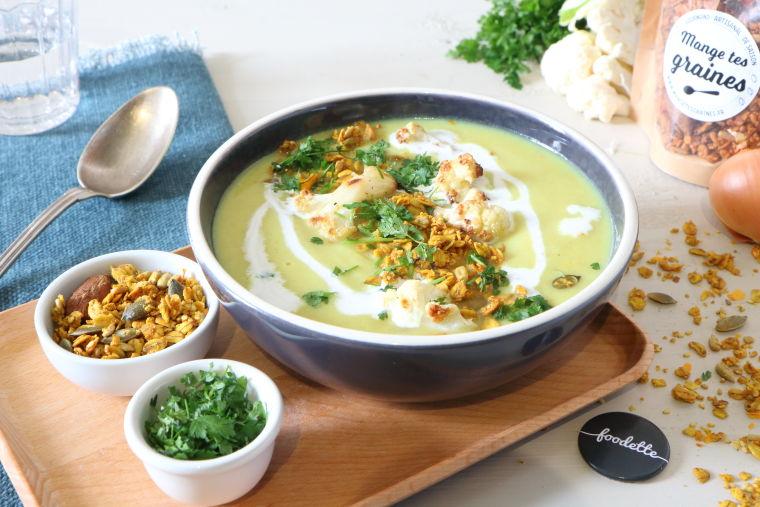 Velouté d'hiver curry-coco et granola