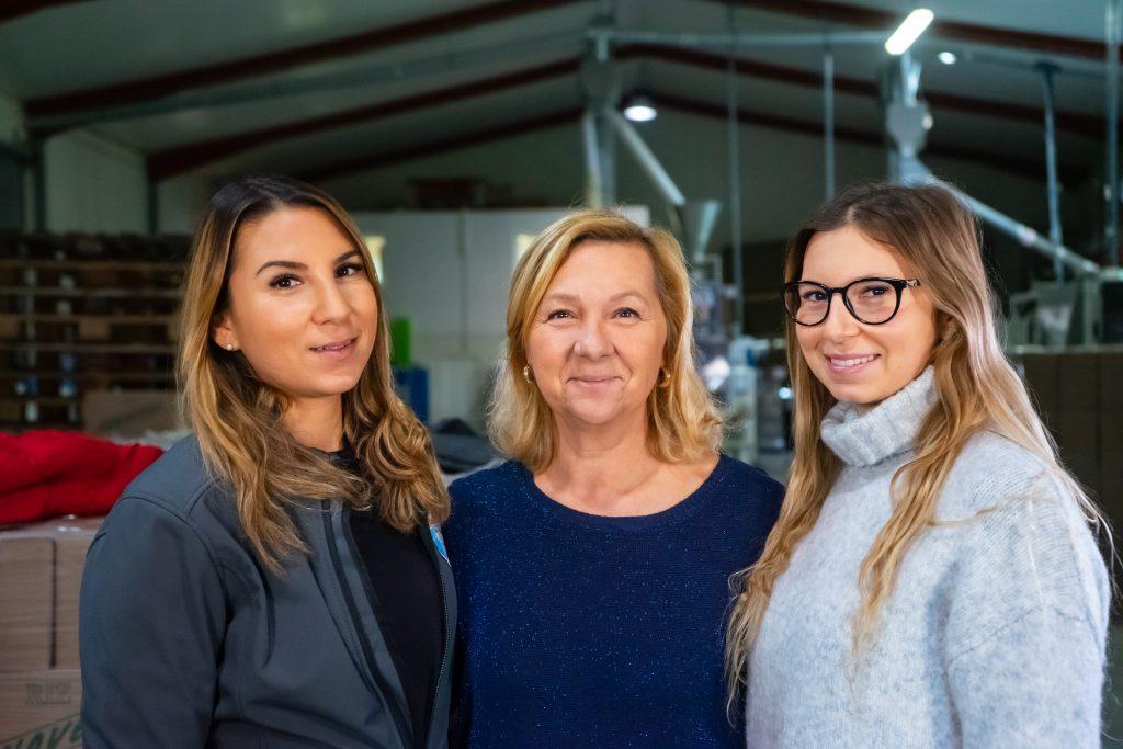 Françoise et ses filles, Clarisse et Noémie